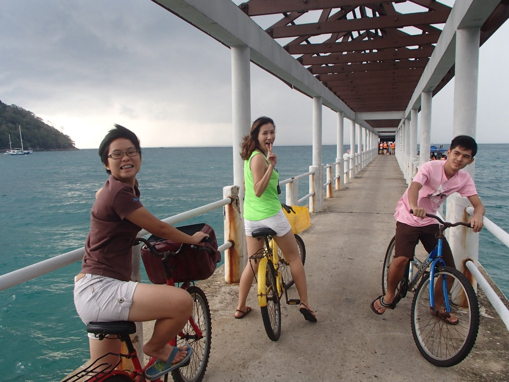 exploring juara village jetty and jumping in?